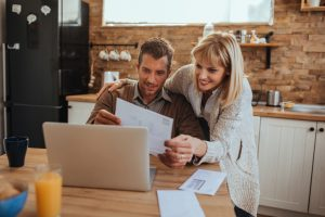 Providers with stable gas pricesovertime can help you decide whether to shop now or shop later for lower natural gas rates for your family.